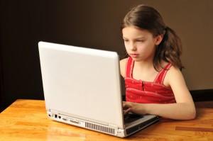 girl_computer