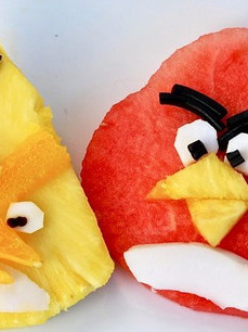 веселая еда-злые птицы