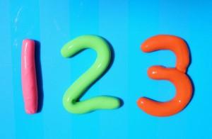 цифры из пластилина